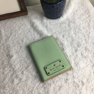 NWT Kate Spade Mint Mojito Passport Holder